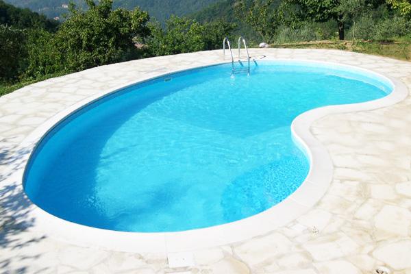 Realizzazione piscine interrate system pool a lucca toscana - Piscina a fagiolo ...